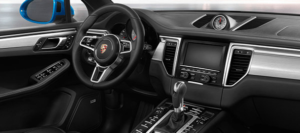 2018 Porsche Macan Base Interior Dashboard