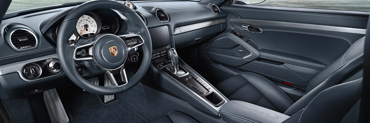 2019 Porsche 718 Cayman Interior & Technology